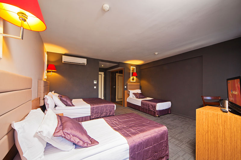 all-seasons-hotel-istanbul-luxery-hotel-best-price-hotel-deluxe-standart-family-rooms (2)