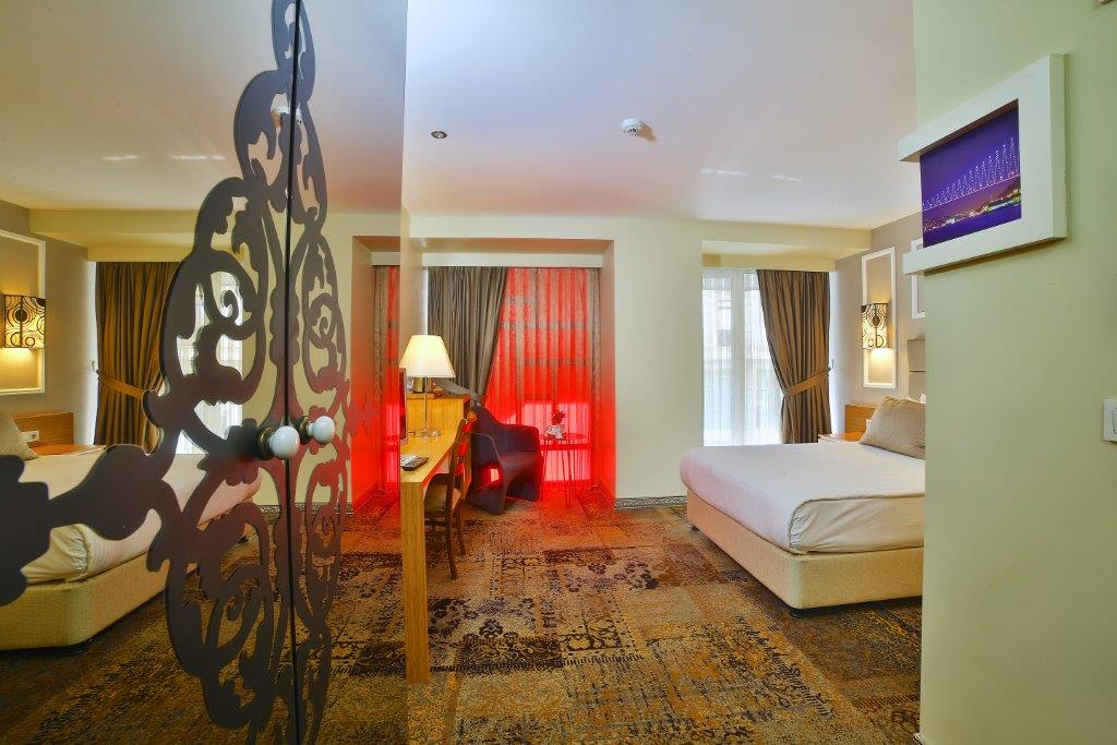 All Seasons Hotel French Room5M1A4675