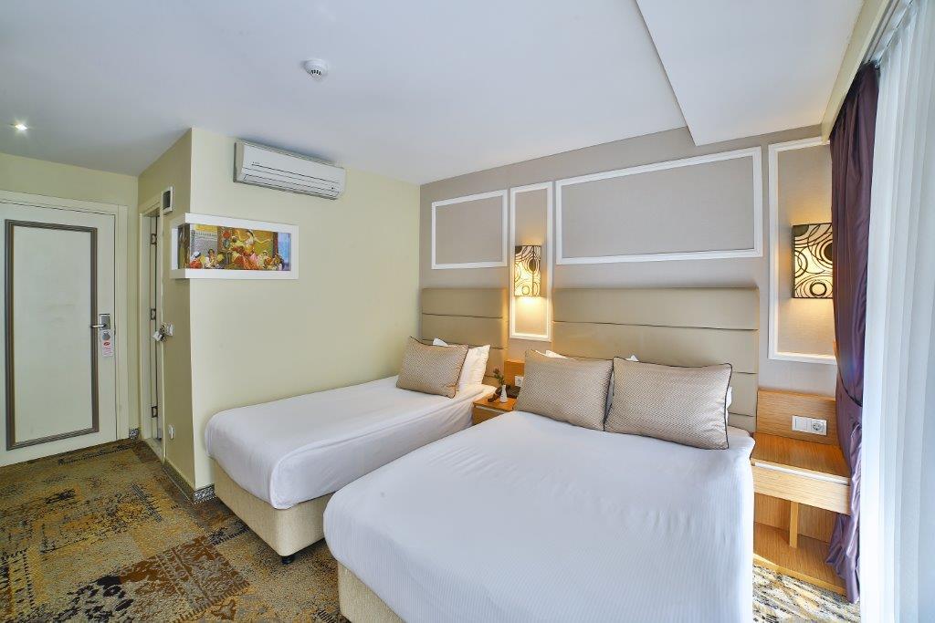 All Seasons Hotel Triple Room5M1A4667