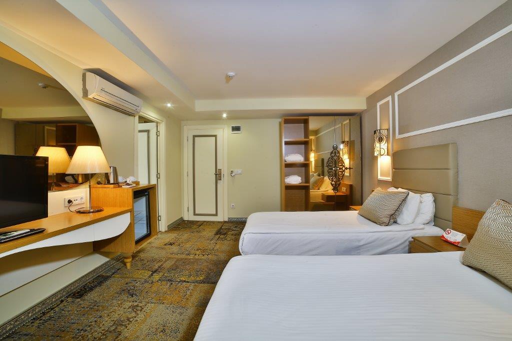 All Seasons Hotel Triple Room5M1A4719
